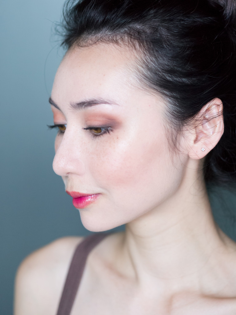 singaporebeautyblogger_emilyloke_canmake_highlighter_review1