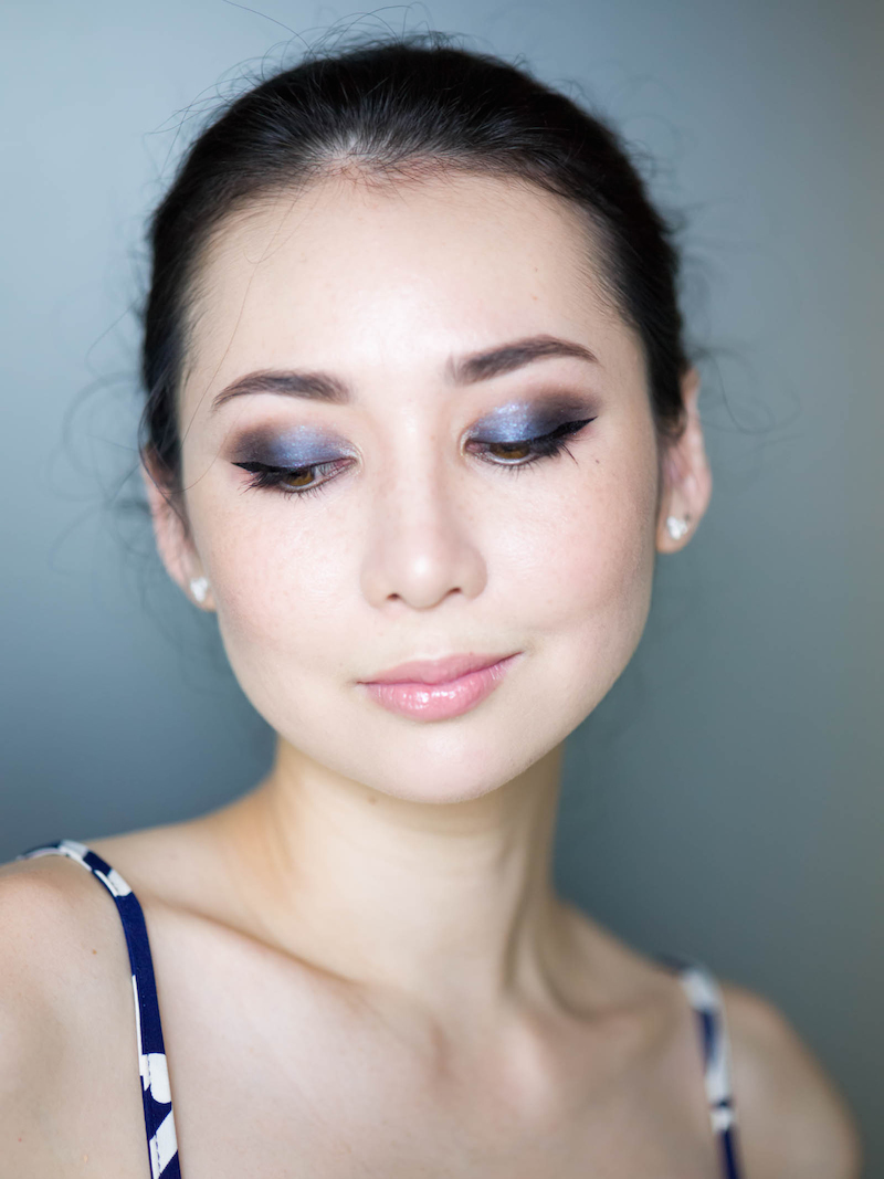 blue eyeshadow 2