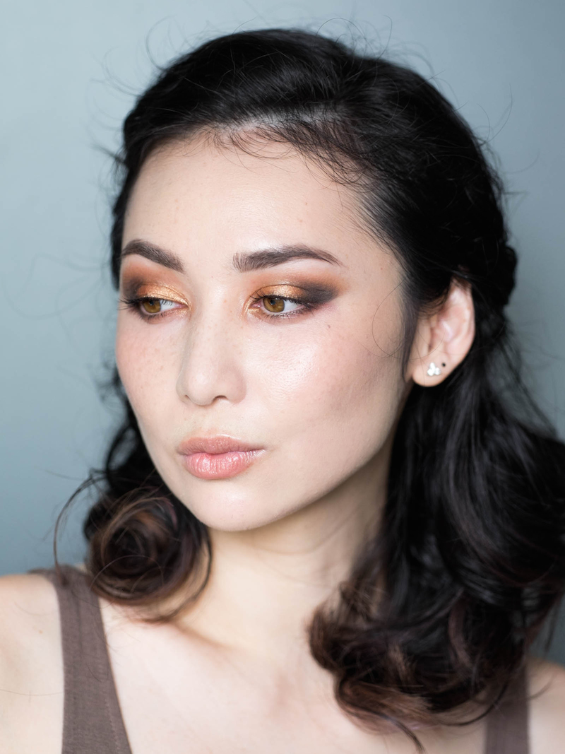 golden chinese new year makeup 3