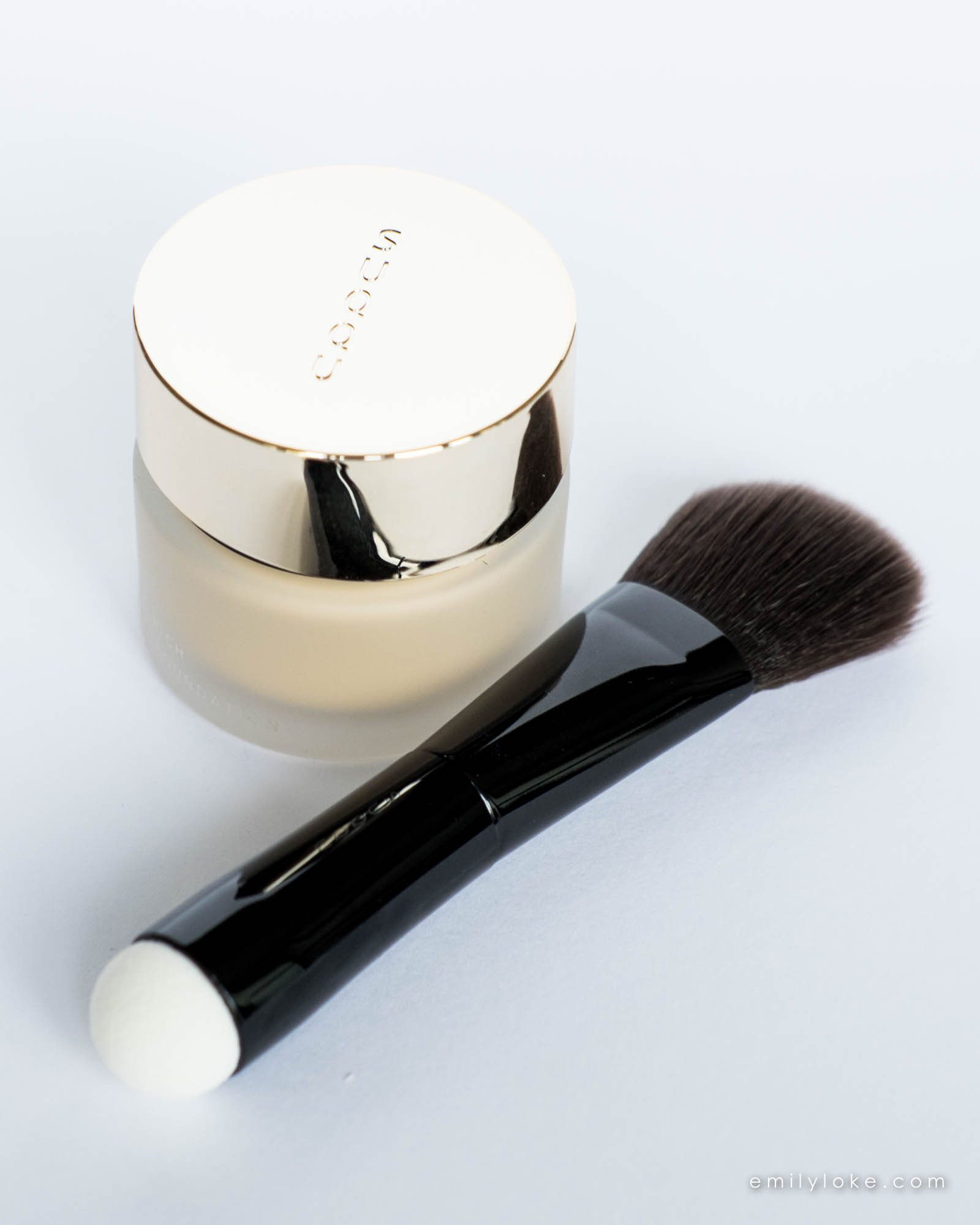 suqqu extra rich cream foundation brush